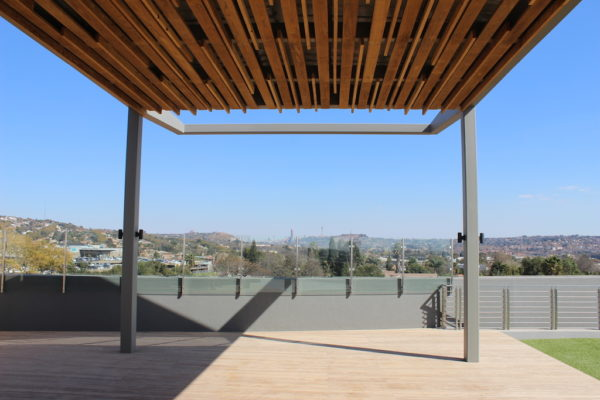 HQ Bedfordview Pergola with a view