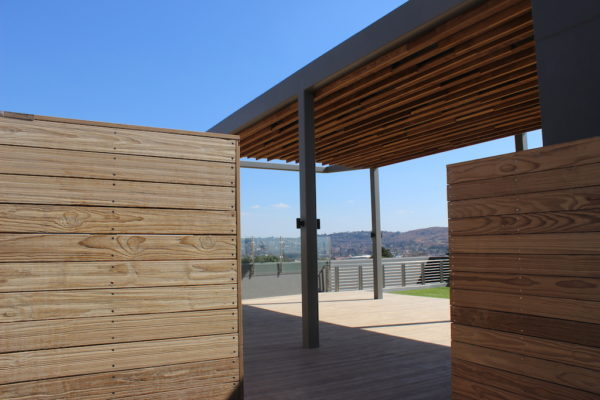 HQ Bedfordview entrance to rooftop decking cladding pergola
